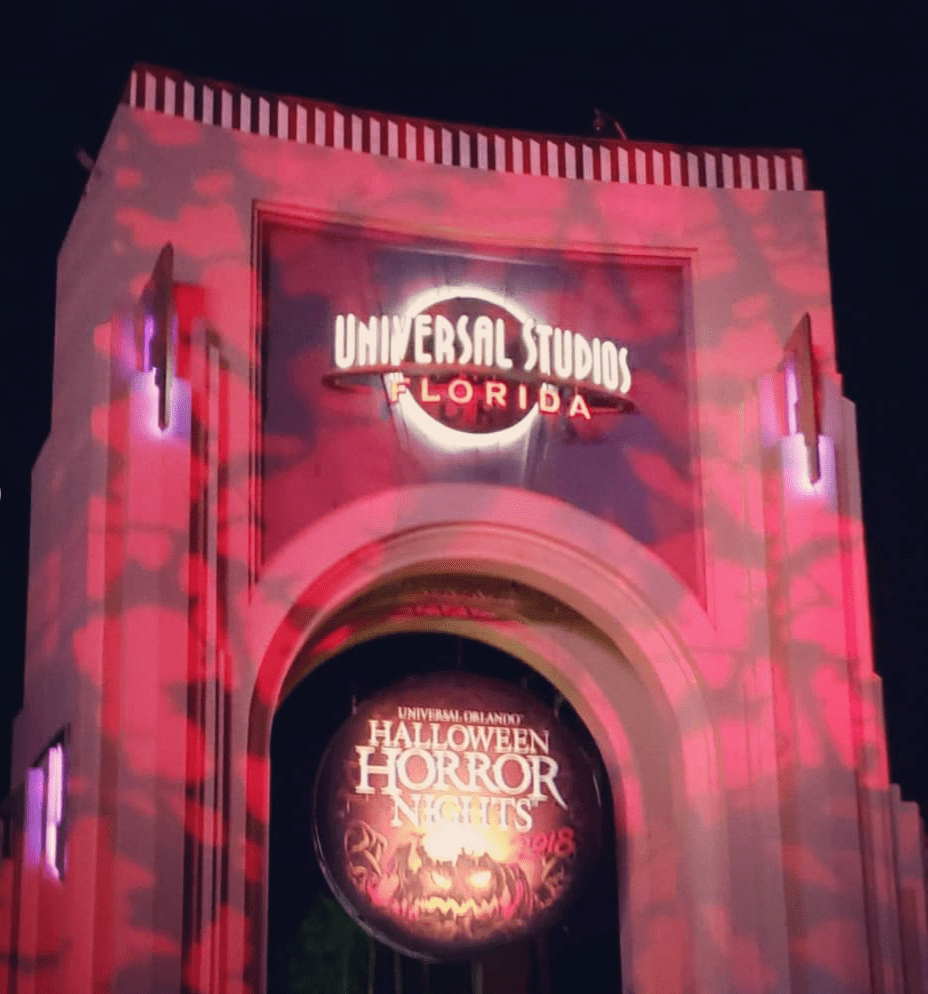 Halloween Horror Nights Entrance 2018